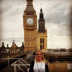 Ida Axling har bott sex år i London, där det bor tiotusentals svenskar. Siffran 60 000 svenskar brukar nämnas. Foto: Privat