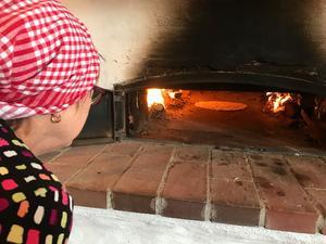 Tunnbröd var också med som bakningsmoment och här använde vi såklart den fina bakugnen. På denna kurs bakade vi mjukt tunnbröd som sedan avnjöts till dagens lunch.