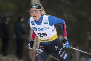 Frida Karlsson gjorde en stark comeback i världscupen i Falun, även om hon kroknade lite på slutvarvet efter att ha gått ut stenhårt.