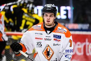 August Nilsson är klar för VIK. Här under sista matchen förra säsongen när lagen möttes i ABB Arena nord. Foto: Maxim Thoré / BILDBYRÅN