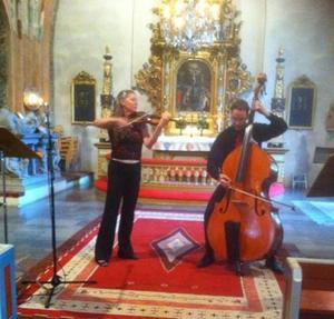 Susanne och Eric Francett i Länna kyrka.Foto: Tomas Sving