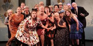 Dala- Floda operakör medverkade i Glada Änkan. Foto: Lars Redhe