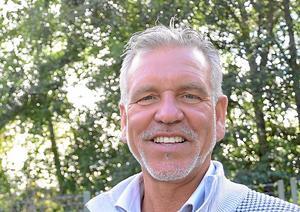 Jimmy Hoppe som genom sitt bolag JH Group AB ansvarar för driften av golfbanan i Stjärnfors vill inte kommentera situationen som uppstått.