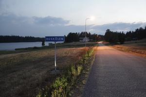 Huskölen ligger i Hälsingland fast i Härjedalens kommun.