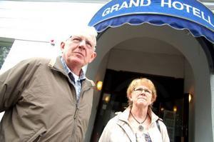 Sören Pettersson och Margareta Holgersson var nyfikna på hur den Gamlinska källaren såg ut.