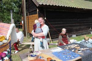 Cajsa Laurila på en bild från första upplagan av Tärnsjö medeltidsmarknad.