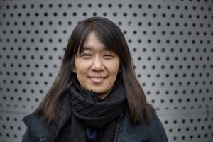 Sydkoreanska Han Kang, som tilldelats det internationella Bookerpriset för boken