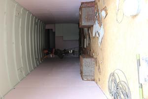 Jaanas man målade insidan av bussen när SA var på besök.
