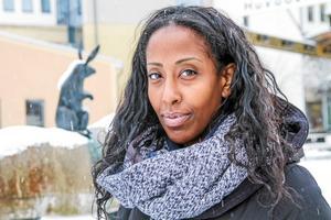 Emy Maru åker tillbaka till Etiopien den 3 januari där rättegången mot hennes pappa Fikru Maru återupptas den 1 januari.