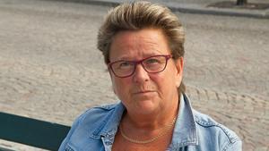 Agnetha Karlsson tycker att Köping ska låta Kolsvas nämnd vara.