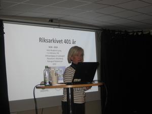 Karin Bergkvist föreläste om Riksarkivet för Bollnäs Senioruniversitet