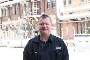 Mikael Bergman är produktionschef för tråddrageriet - när han tillträdde hade han provat Human Lean i mindre skala.