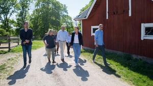 Efter två vargattacker på kort tid besökte bland andra Boel Godner och Palle Borgström Molstaberg i maj 2018.