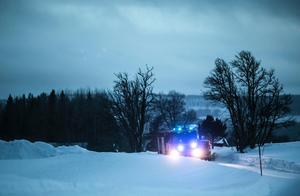 En gammal byväg som går från Tulleråsen via övre Rise och mot Änge blockeerades under sökinsatsen.