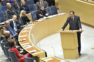 Stefan Löfven (S) i riksdagens talarstol