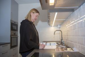 Det toppmoderna köket i tvåplansradhuset i Stigslund är det Malin Hagberg kommer lyfta i visningen.
