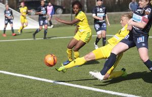 Ellika Persson har noterats för totalt 59 mål under sin osannolika rekordsvit på 107 raka matcher som startspelare i Ljusdal.