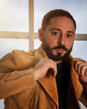 Karriären blomstrar för skådespelaren Matias Varela som just nu är på inspelning i Spanien.