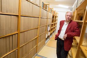 30 hyllmeter eventarkiv. Håkan Sterners livsverk finns nu tillgängligt för forskning.