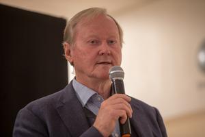 Leif Östling försvarar sin medverkan på Swebb-tv, en sajt med högerextrema kopplingar.