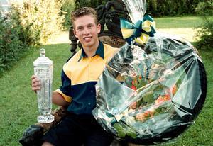 Andreas Jonsson efter JVM-segern under sensommaren 2000.
