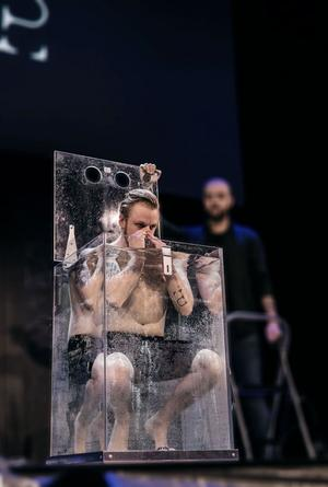 Efter Pontus Lindmans medverkan i Britain's Got Talent och efter premiären på hans show The Conspiracy har han fått många erbjudanden både inom och utom Sverige. Foto: Sandra Berkemo