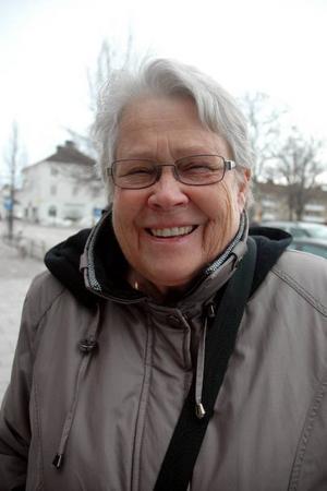 Birgit Dahlberg, 73 år, Tierp, pensionär:– Satsa på barn- och äldreomsorg. Jag tror att det är ett sätt att skapa en positiv bild av kommunen för dem som skulle kunna tänka sig att flytta hit.