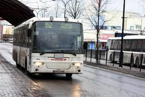 I januari infördes kontantstopp på Dalatrafiks bussar, ett stopp som sedan hävdes och så inflrdes på nytt, dock bara kvällstid och helger i Falun och Borlänge.