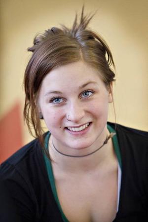 Erika Hansson, 18 år, tänker söka cirkushögskolan i Bryssel.