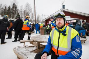 Per-Anders Wester, tävlingsledare, hade det hett om öronen under lördagens tävlingar. Han trodde att han skulle sova gott kommande natt. Det är Högby alpina och Norbergs slalomklubb som tillsammans med Frida Hansdotter är arrangörer.