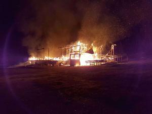 Byggnaden var övertänd redan efter 10-15 minuter.Bild: Mia Skult