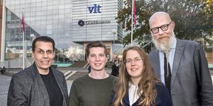 Fyra av VLT:s journalister som kommer att svara på dina frågor: redaktionschefen Pasi Hiirikoski, deskredaktören Joel Widerberg, deskredaktören Terese Westberg Sunesson och chefredaktören Daniel Nordström.