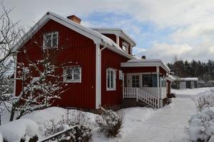 En villa på fem rum i Skogsbo, Avesta kommun, fick 5 492 klick under  vecka 8. Det innebar en sjätteplats på Klicktoppen. Foto: Per Hedlund