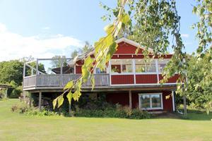 De byggde sitt hus på Mats släktgård i Sikvik 1992.