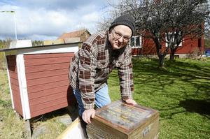 Borlängeprästen Carl-Magnus Reinerstedt, bilden, och hans hustru Kerstin håller bägge sina avskedspredikningar under påskhelgen. Därefter blir de pensionärer.
