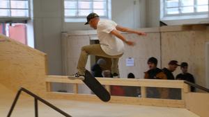 KLART: Örebro skateboard får förlängt kontrakt på Brädcentralen – jobbar vidare för permanent lösning