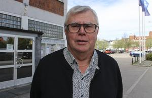 VB Krafts styrelseordförande Ove Bohman klargör att fastigheten i Södra Hällsjön erbjuds den öppna marknaden om byalaget inte kan betala för den.