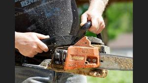Ett stort antal motorsågar har stulits i helgen i Huskvarna. Bilden är en temabild.
