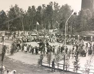 Midsommarfirande på Djäkneberget i Västerås 1963. Foto: VLT:s arkiv