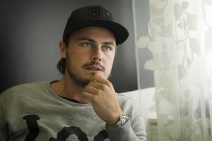 Tommy Stenqvist meddelade i somras att han lägger skridskorna på hyllan.