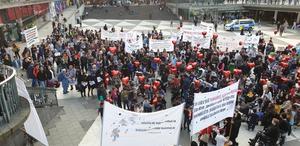 Demonstrationer på Sergels torg i Stockholm på tisdagen för afghaners rätt att få stanna kvar i Sverige. Britt Skagerling från Ramsberg var med på demonstrationen.