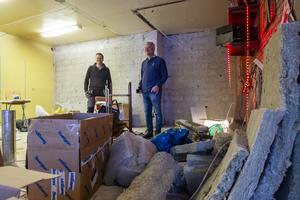 Anders Nilsson och Daniel Nilsson brukar tillbringa några helger i månaden med att renovera den gamla pizzerian.