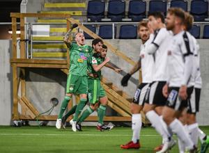 Dalkurd firar matchens enda mål. Foto: Pontus Lundahl/TT