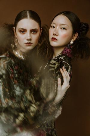 Från en fotografering tillsammans med Rujie Wang. Foto: Zandra Högberg, Rujie Wang