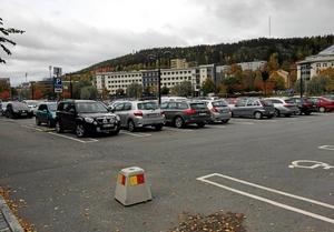 Fisktorget erbjuder parkering i centrum – något som efterfrågas av invånare och besökare, menar Rolf Nilsson.
