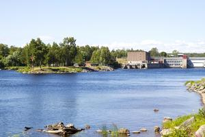 Ingen vattenströmningen på grund av vädret gör att fisket vid laxholmen har kommit av sig.