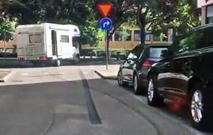 Färden fortsatte från Domkyrkoesplanaden in på Kopparbergsvägen.
