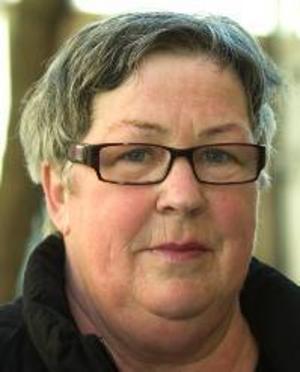 Pia Själin, 63 år, Kramfors:– Nej, jag är allergisk mot katter. Jag har varit det sedan jag var ung, men jag lider inte av det. Hundar tål jag.