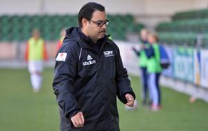 Sundsvalls DFF:s tränare Peter Andersson kunde under lördagen konstatera att laget åker ur Elitettan. Dagen efter vann man med 4–1 hemma mot Borgeby.