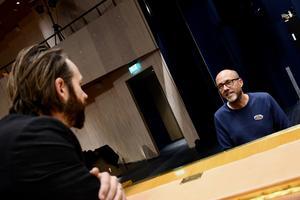 Adan Brown, till vardags verksamhetsledare på Värnamo kulturskola är producent för hela jubileumsshowen.